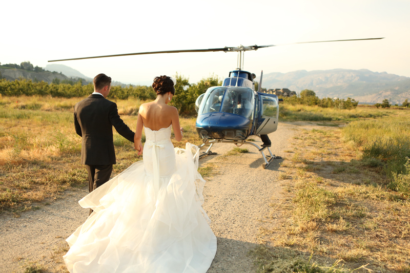 Helicopter-wedding-okanagan_0001