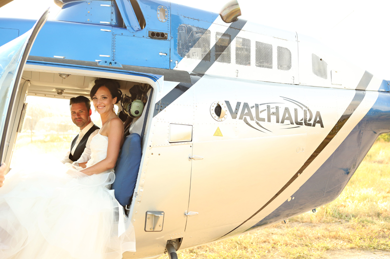 Helicopter-wedding-okanagan_0002