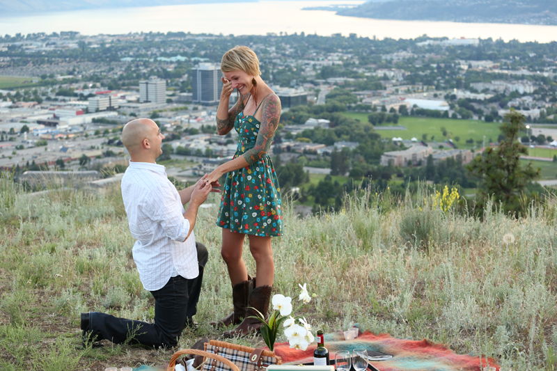 Surprise-engagement-kelowna_0005