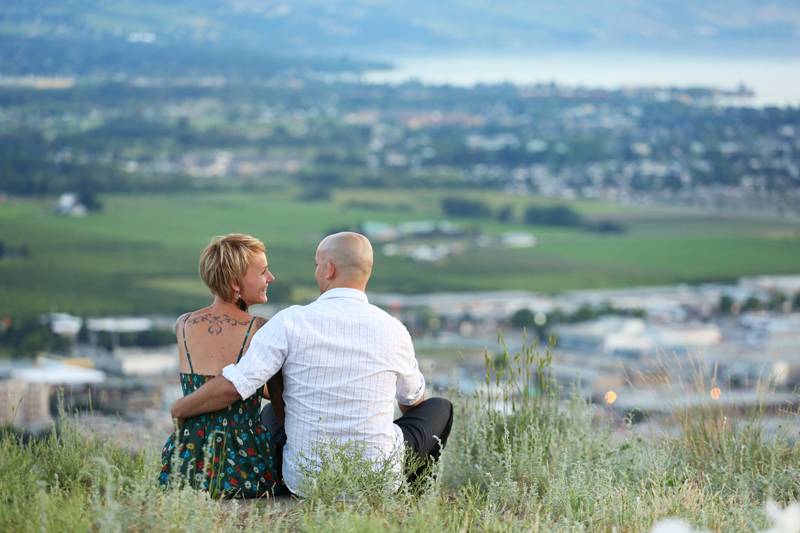 Surprise-engagement-kelowna_0006