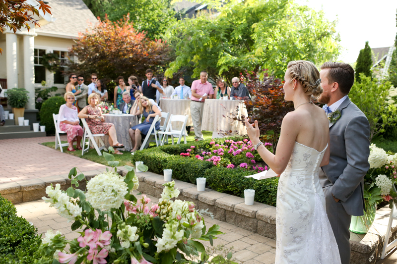 Canadian_backyard-wedding_0064