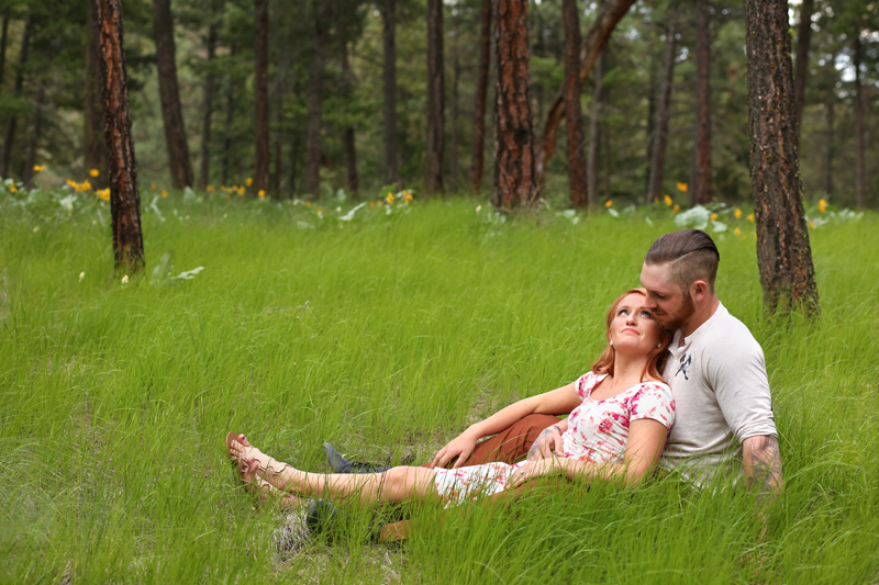 forest-meadow-engagement-kelowna_0007
