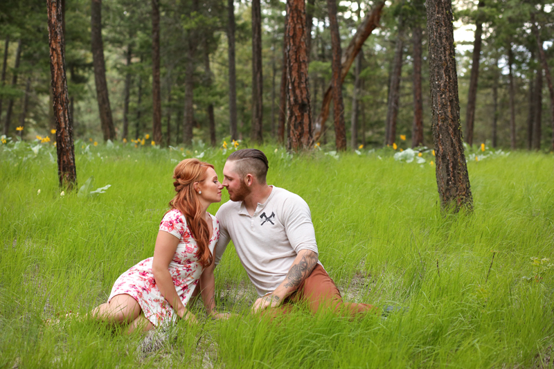 forest-meadow-engagement-kelowna_0013