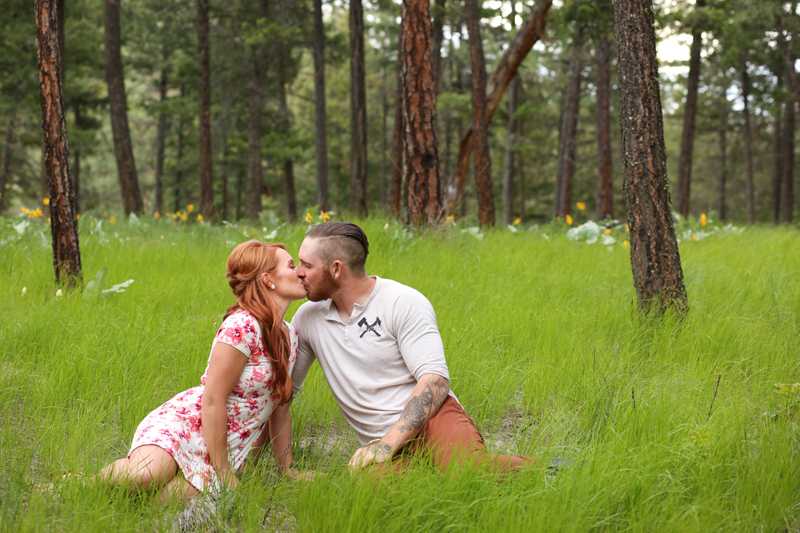 forest-meadow-engagement-kelowna_0014