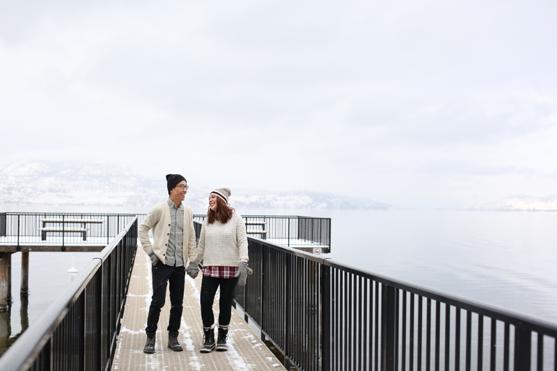 Kelowna-winter-engagement-wedding-photos_009