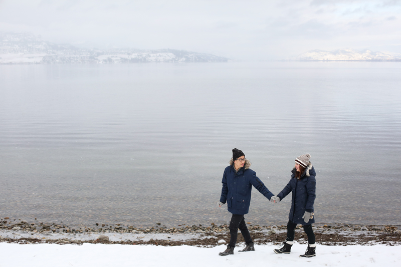Kelowna-winter-engagement-wedding-photos_016