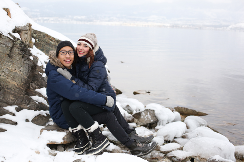 Kelowna-winter-engagement-wedding-photos_017